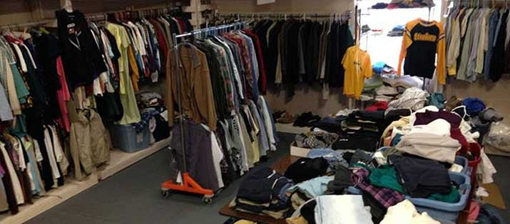 clothing-room1