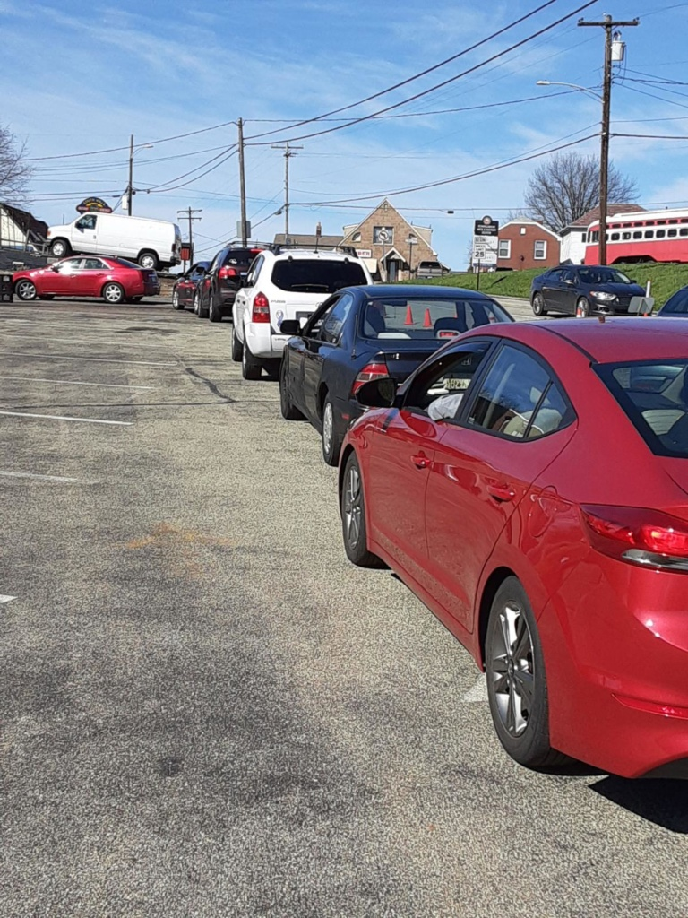 cars in line for food